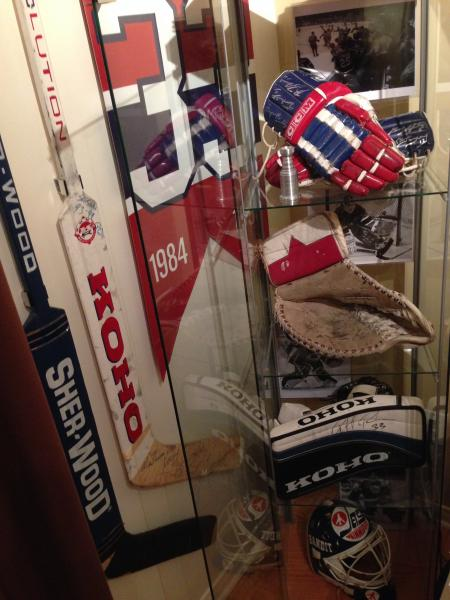 Breakaway Displays Hockey Stick Displays