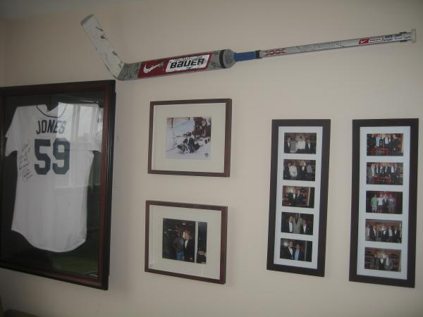 Breakaway Displays Hockey Stick Displays
